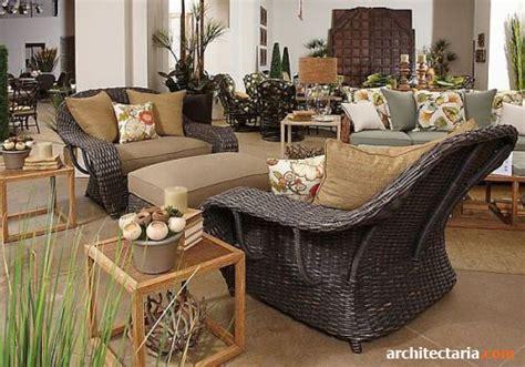 Kursi Kayu Ulin ragam menata dan mendekorasi teras rumah