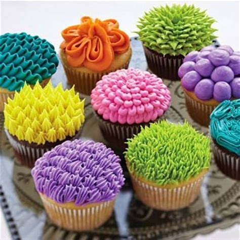 Frosting Decorations by 25 Best Ideas About Cupcake Icing Techniques On