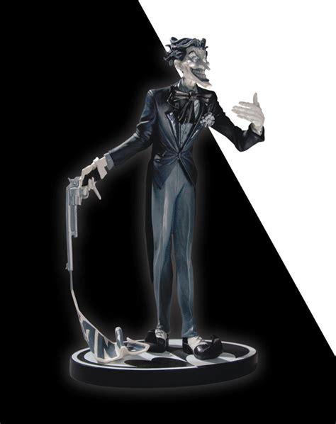 joker statue by jim lee 2nd edition batman black and white spac batman black white statue the joker jim lee raving