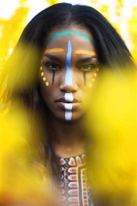 african tribal women face paint me gusta esta fotografia por la expresion la manera en que