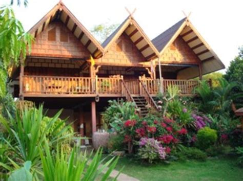 thai home design news thai house isaan guest house in mukdahan province