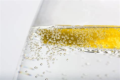 carbonated beverages don t be a bloated bride 10 foods to avoid before the wedding popsugar
