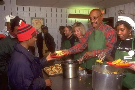 Soup Kitchen by The 25 Best Soup Kitchen Volunteer Ideas On