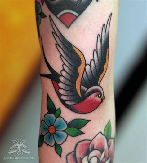 traditional swallow tattoo designs american traditional sparrow www pixshark