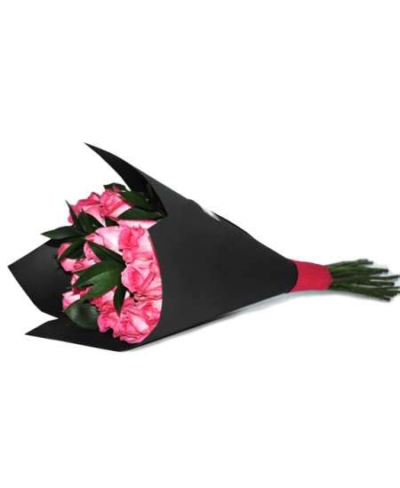 Black Craft Paper - bouquet of pink roses in black craft paper flowerscity 174