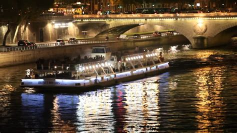 bateau mouche capitaine fracasse seine nacht paris rm video 690 418 116 in hd