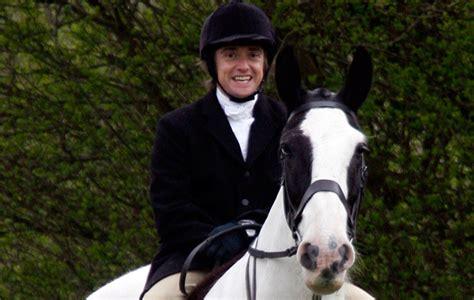 uk celebrities who love horses 7 surprising celebrities who love to ride horse hound
