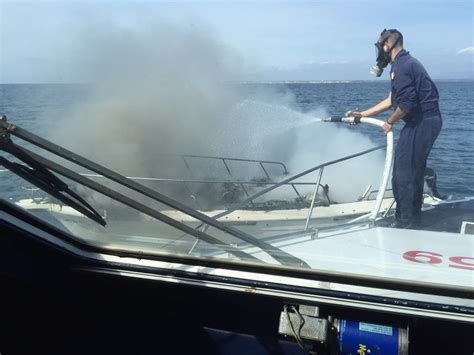 capitaneria di porto di anzio due diportisti salvati dalla guardia costiera di anzio