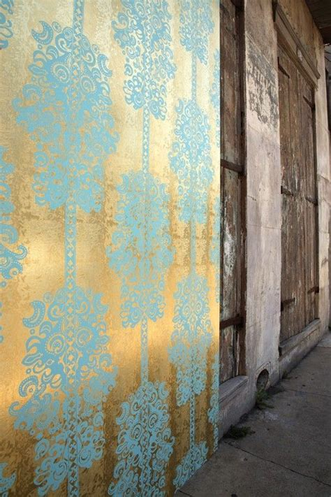 wallpaper with gold accents pinterest the world s catalog of ideas