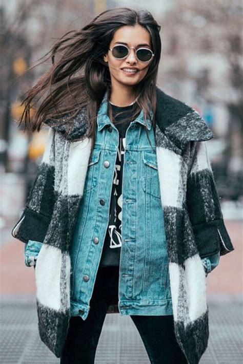 best blogs 14 fashion blogs to follow in 2017 best style and