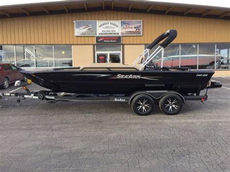 seaark boats easy 200 new 2016 sea ark easy 200 for sale seaark boats pinterest