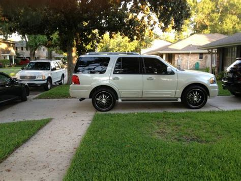 Expedition 6678 White Black Green Leather sell used 2005 ford expedition limited oracle halo lights new 22 quot rims tires bluetooth in