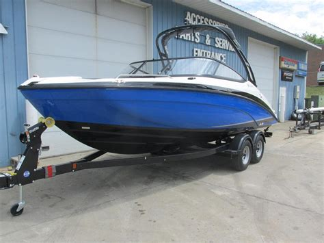 new yamaha boats for sale 2017 new yamaha ar210 jet boat for sale 38 542