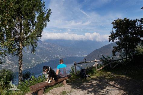 wandlen zum lesen italien idrosee wandern mit hund