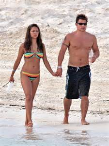 Minnillo And Nick Lachey Poolside In The Bahamas by Nick Lachey S 40th Birthday