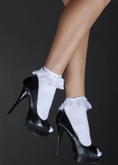80 s fancy dress white ruffled ankle socks 4882w 3013