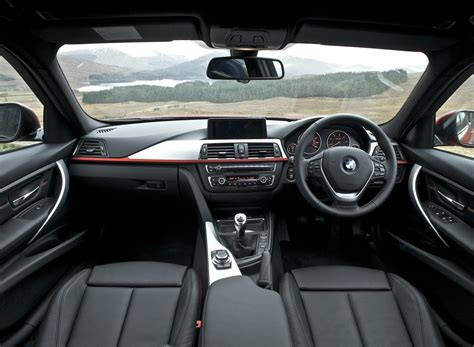 Bmw Upholstery by Bmw 3 2017 Series Price In Pakistan Pictures And Reviews