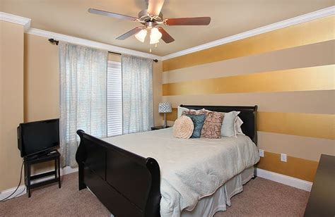 horizontal striped bedroom walls tan wall with gold metallic glaze horizontal stripes