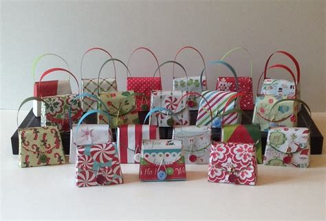 12 small christmas gift boxes party favors fully assembled