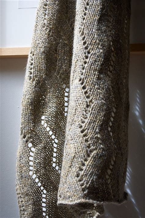 pin by melanie cbell on lace scarf knitting patterns free pattern herringbone lace wrap diy knitting 3
