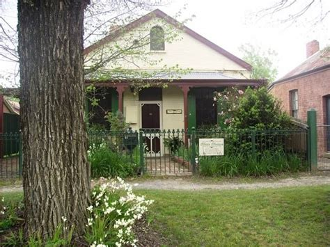 Four Seasons Cottage Beechworth 17 best images about beechworth destination on