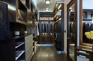 Ultra modern closet design with mirror door