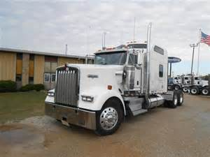 kenworth w900 studio sleeper
