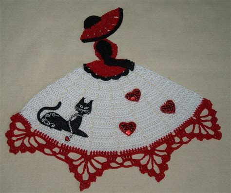 cat doily crochet pattern hand crochet crinoline girl doily with cat and hearts on