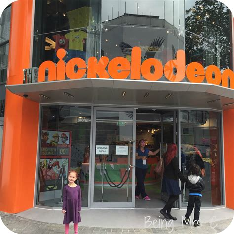 the store a sneak peak at the new nickelodeon store