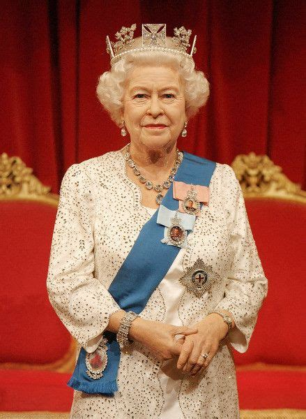 queen elizabeth ii queen elizabeth madame tussauds queen elizabeth ii