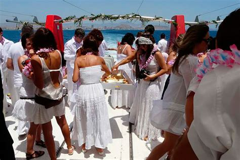 party boat alicante boat party en alicante para despedidas de solteros