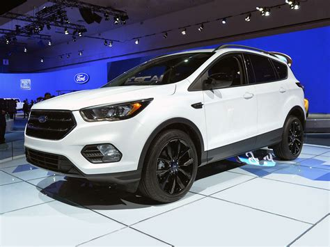 2019 Ford Suv by New 2019 Ford Escape Price Photos Reviews Safety