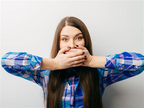 8 Ways To Get Rid Of Hiccups by 7 Surprisingly Effective Ways To Get Rid Of Hiccups