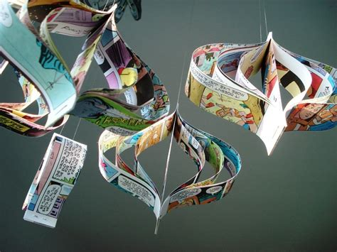 christmas tree decorations using recycled materials