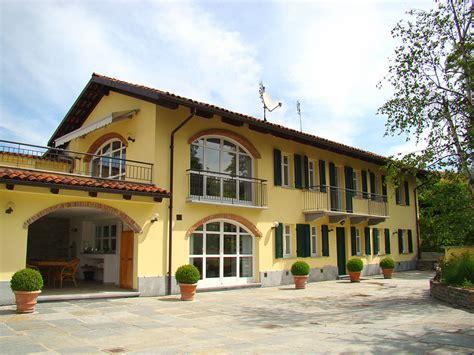 casa di casa di lusso in vendita nella regione langhe piemonte