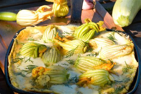come fare pastella per fiori di zucca fiori di zucca ripieni ecco come fare la pastella con una