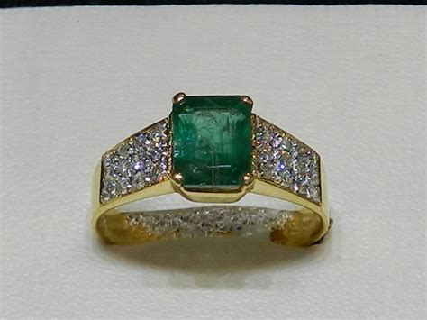 Cincin Tunangan Original Exclusive Ring exclusive designers gents ring clickbd