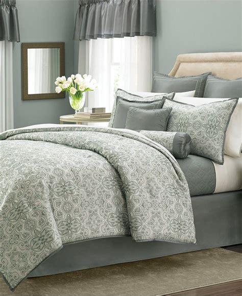 cojines de cama cojines y cubrecama dormitorio matrimonio decoracion