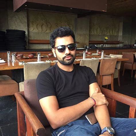 rohit sharma unveils his new hair style on twitter and virat kohli shares a lovely picture with anushka sharma on