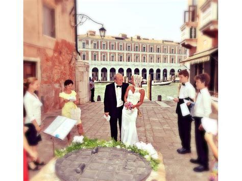 "Vows Renewal in Venice   The best place to say ""yes"" again"