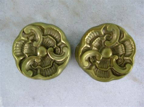 Folding Door Knobs by Vintage Brass Bifold Door Knobs Handles 60 S By