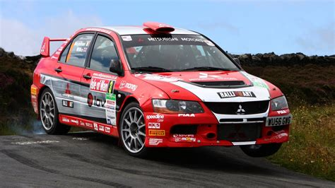 mitsubishi rally car cars rally racing mitsubishi lancer evolution ix