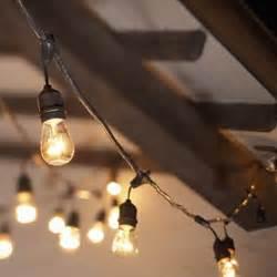 restaurant string lights