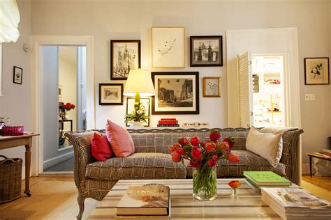 art house design small and cozy rita konig at home in manhattan 171 the selby