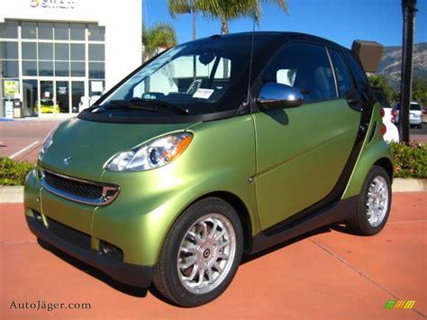 smart car green 2011 smart fortwo cabriolet in green matte