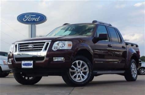 purchase   ford explorer sport trac xlt crew cab pickup  door   newport