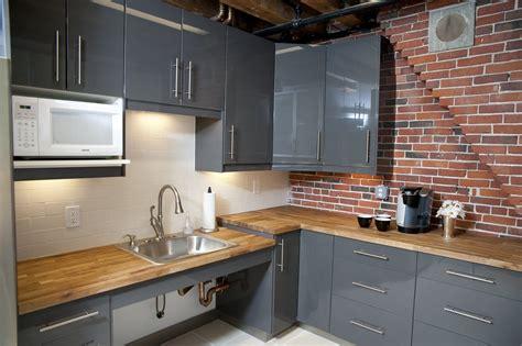 classic kitchen backsplash brick kitchen countertops classic white subway tile