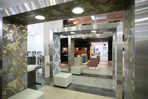 retail store interior desigers showroom interiors