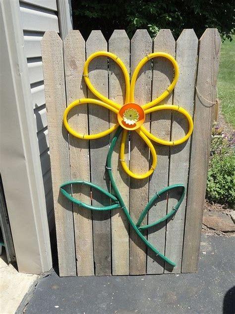 creative ways  repurpose  broken garden hose diy