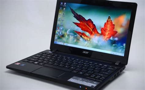 Sepeaker Netbook Acer One 725 acer aspire one 725 netbook review the hindu